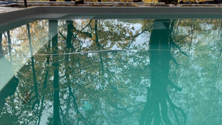 4 pádne argumenty, prečo inštalovať bazén na jeseň